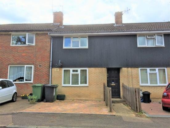 Best 2 Bedroom Terraced House To Rent In Highfield Hemel With Pictures