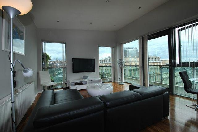 Best 3 Bedroom Flat To Rent In The Pinnacle Bothwell Street With Pictures