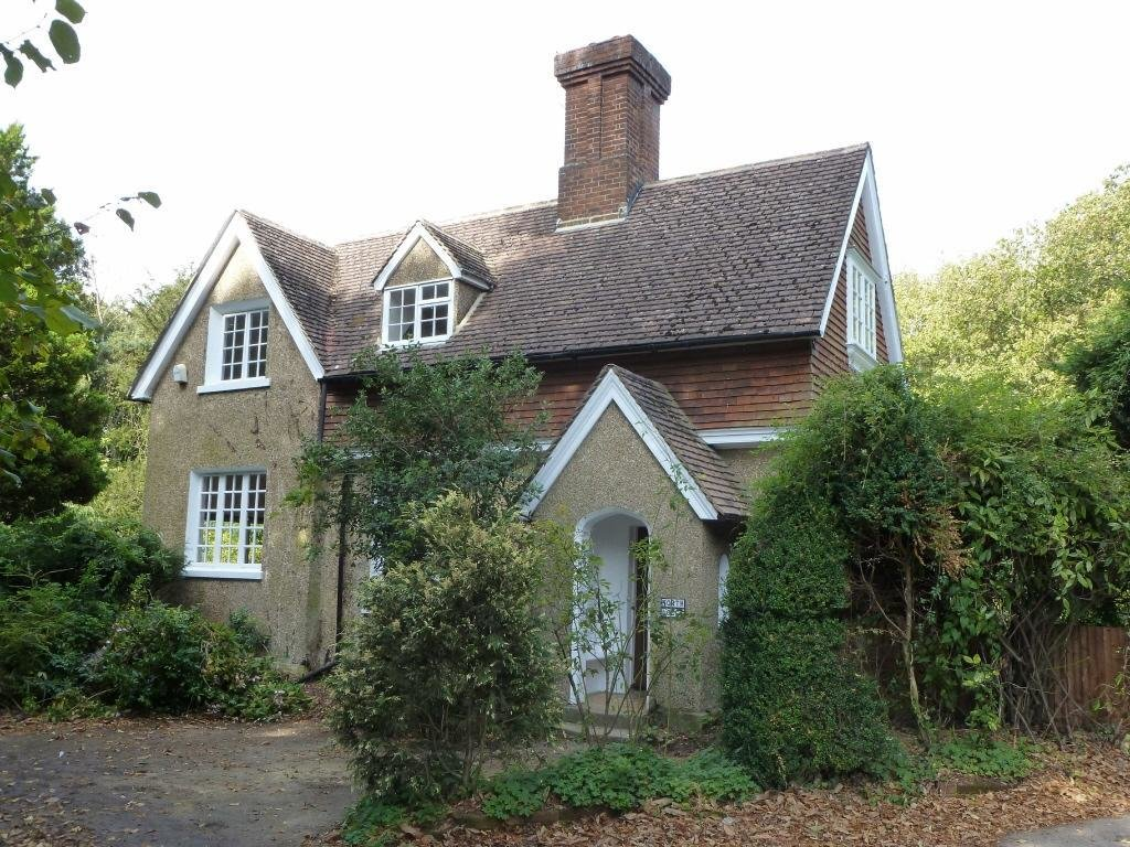 Best 4 Bedroom House To Rent In Colebrook Pembury Road With Pictures