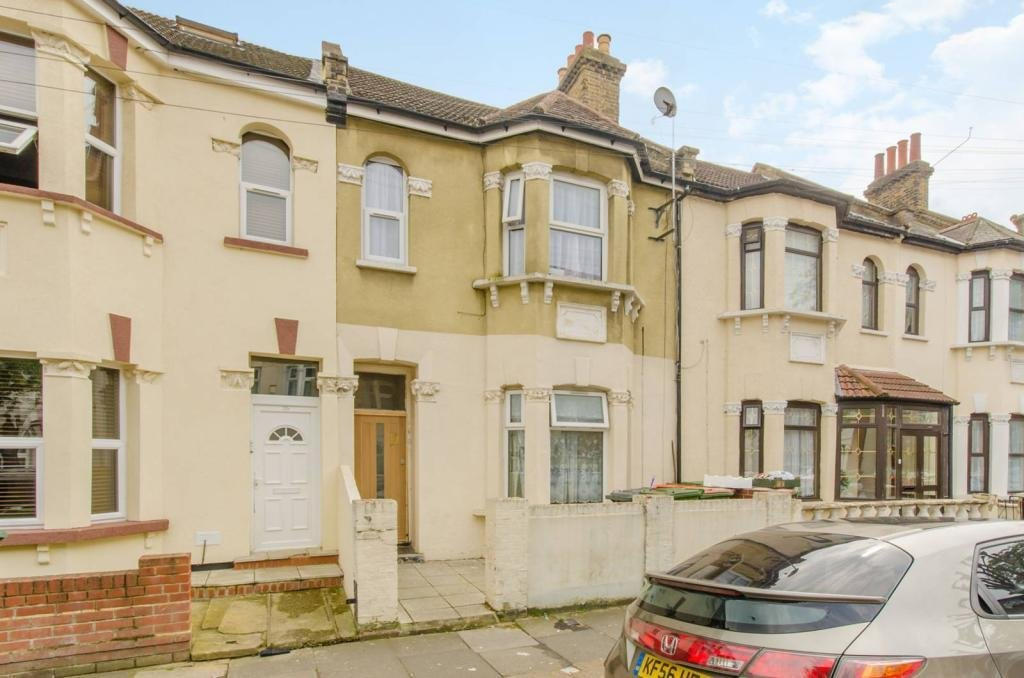 Best 2 Bedroom Flat For Sale In St Stephens Road Upton Park E6 E6 With Pictures