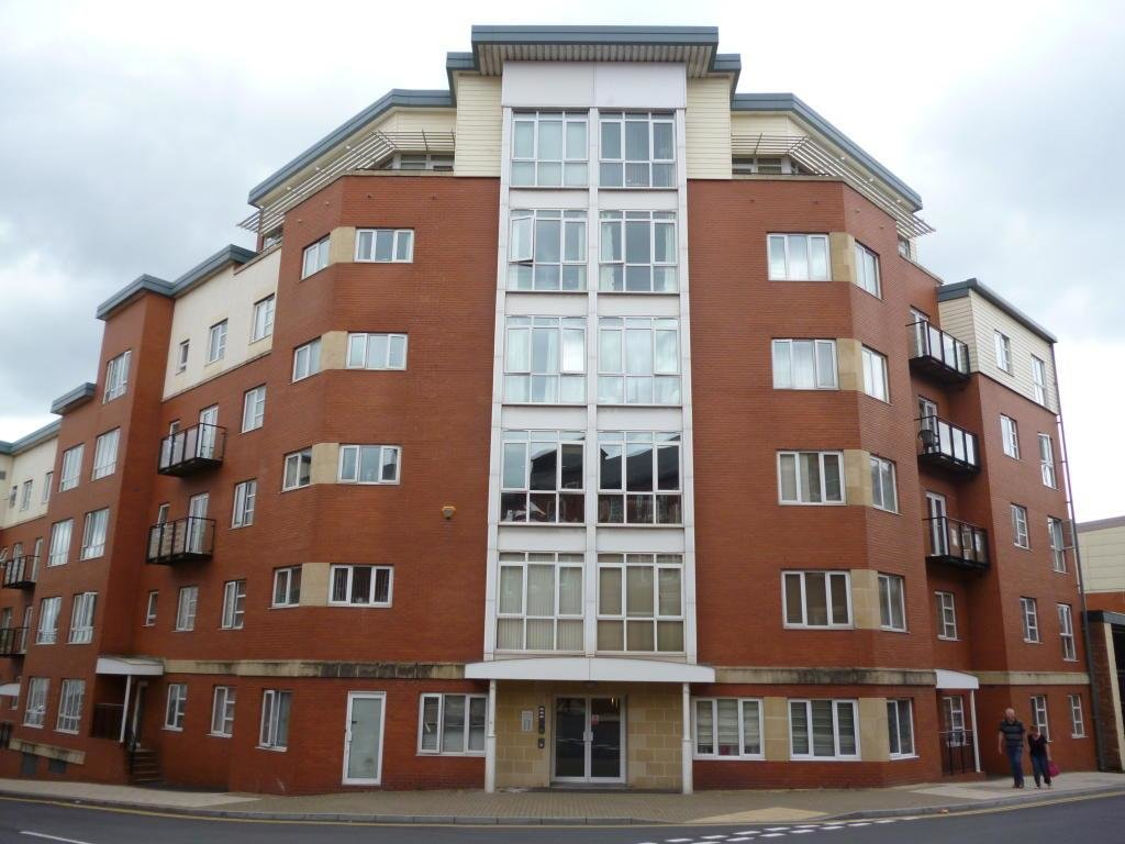 Best 2 Bedroom Apartment To Rent In 10 Townsend Way Birmingham With Pictures