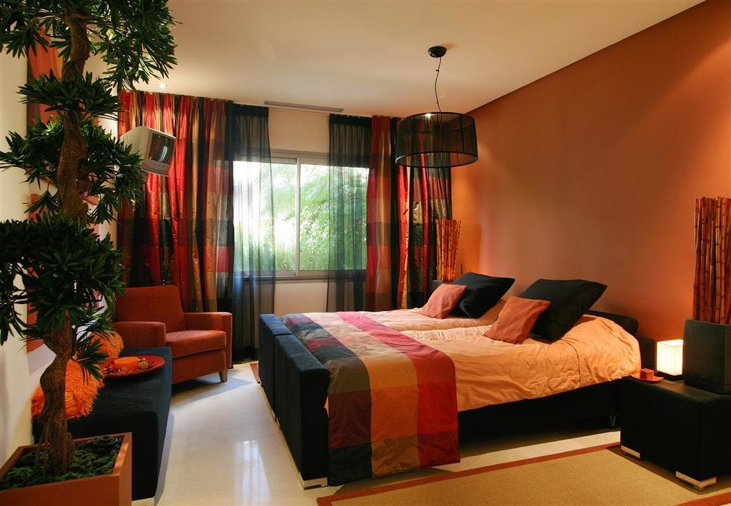 Best Green Orange Bedroom Design Ideas Photos Inspiration With Pictures