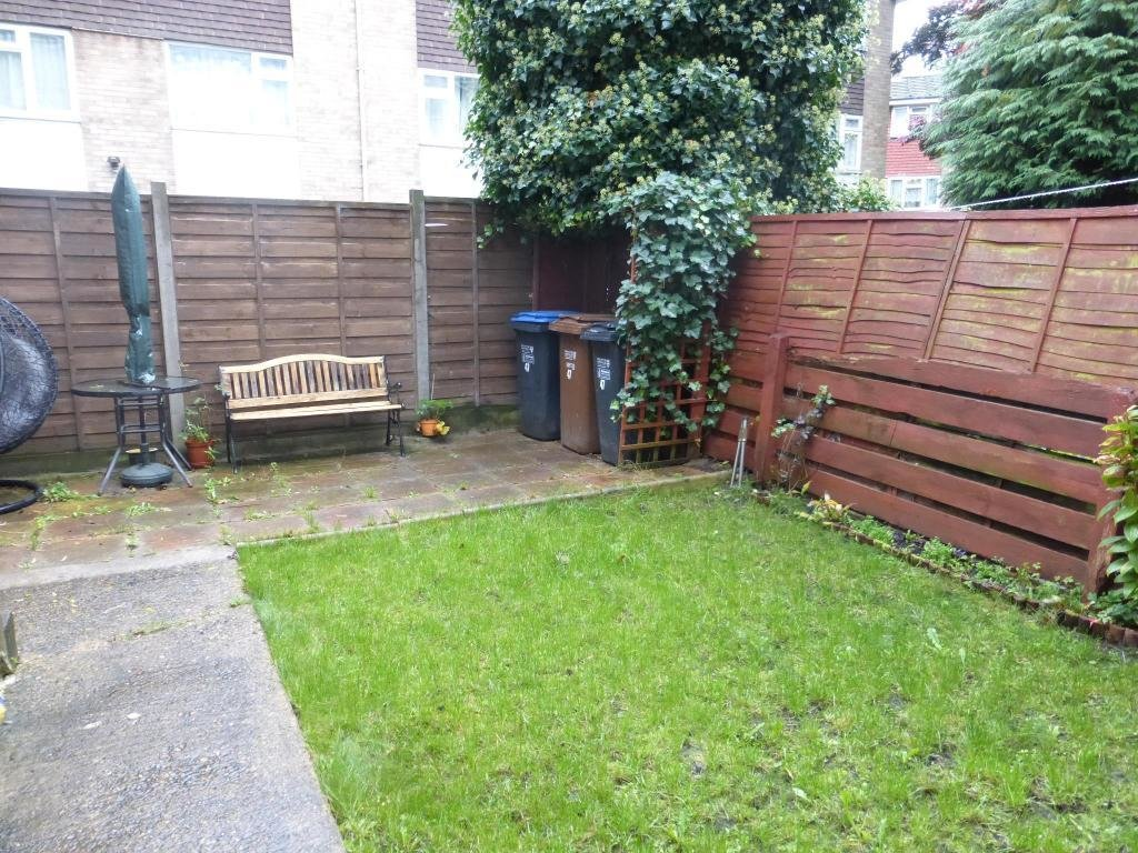 Best 3 Bedroom House To Rent In Goldings Crescent Hatfield Al10 With Pictures
