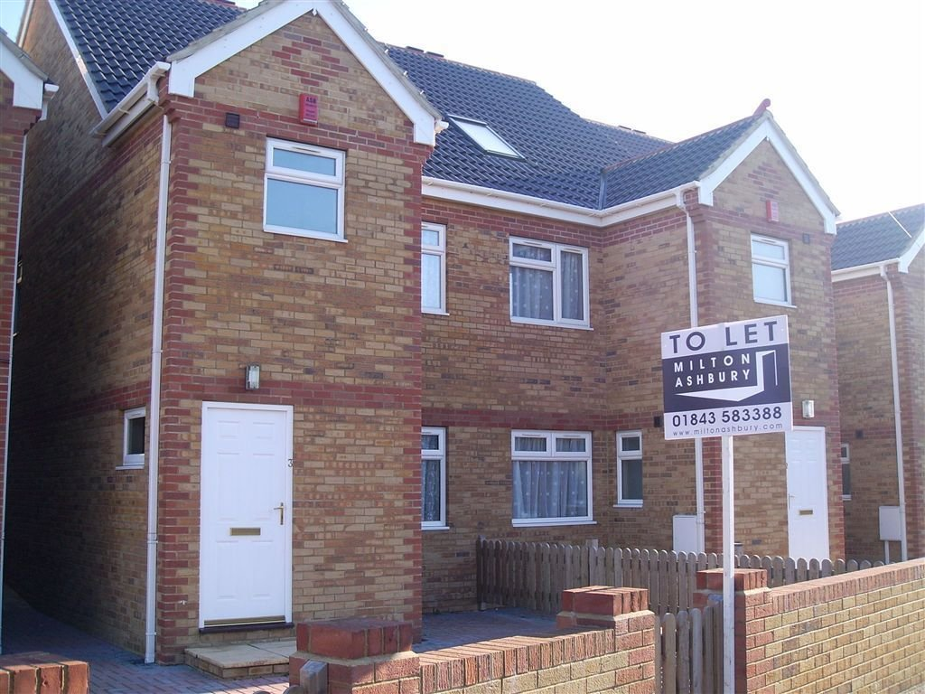 Best 4 Bedroom House To Rent In Newington Road Ramsgate Kent With Pictures