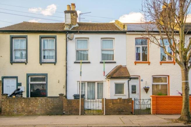 Best 2 Bedroom House To Rent In Gloucester Road Croydon Cr0 Cr0 With Pictures