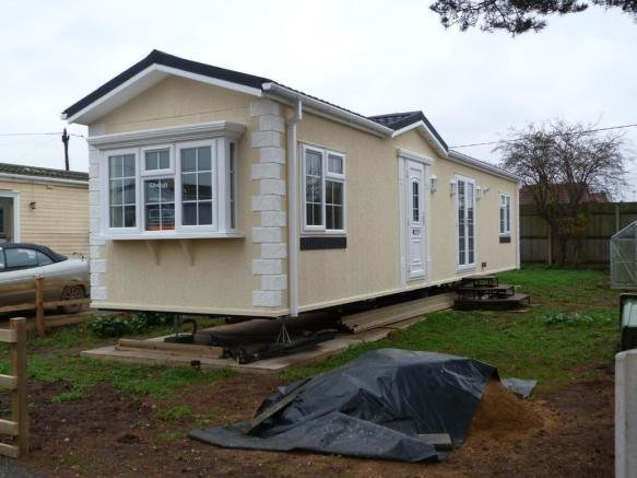 Best 2 Bedroom Mobile Home For Sale In Snettisham Pe31 With Pictures