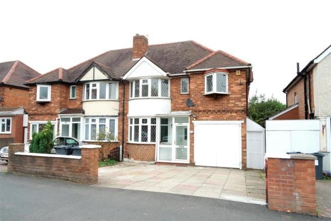Best 4 Bedroom House For Sale In Coventry Road Yardley With Pictures