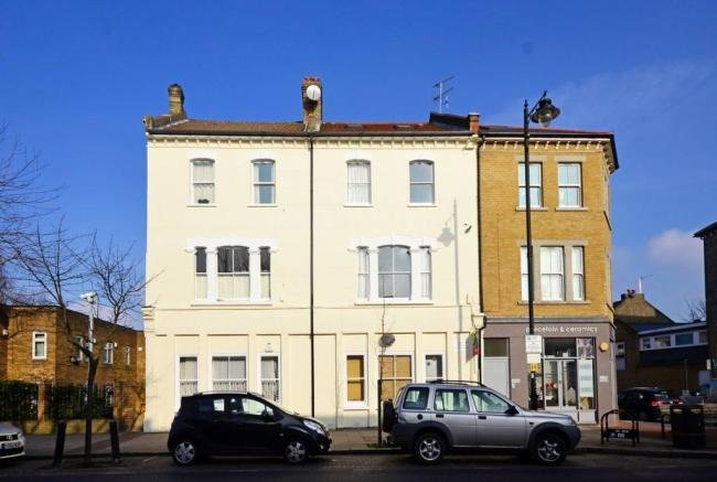 Best 3 Bedroom Flat To Rent In St Johns Hill Clapham Junction With Pictures