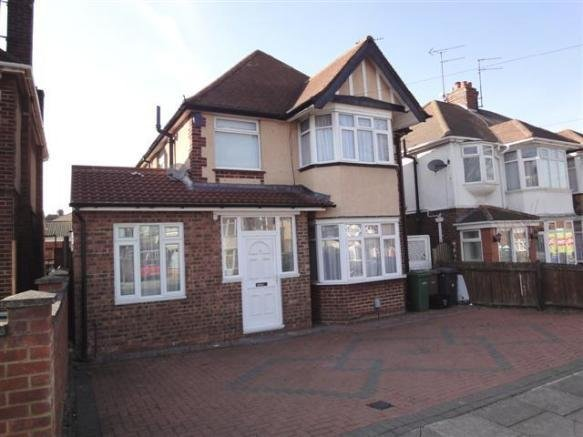 Best 3 Bedroom Detached House For Sale In Humberstone Road With Pictures