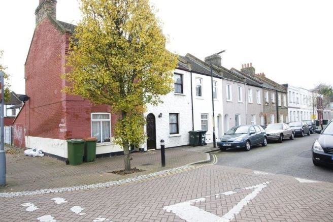 Best 2 Bedroom Terraced House To Rent In Helena Road Plaistow With Pictures