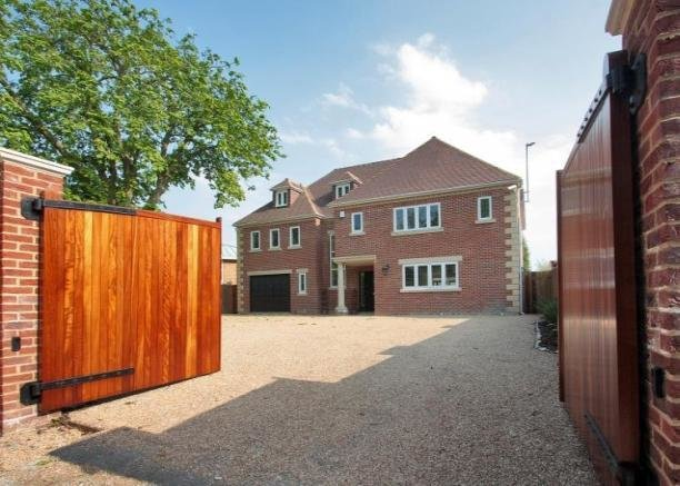Best 6 Bedroom House For Sale In Bromley Lane Chislehurst With Pictures