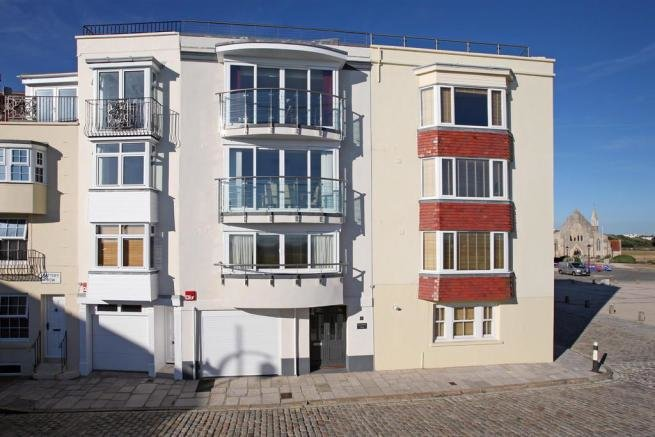 Best 3 Bedroom Property For Sale In Old Portsmouth Hampshire Po1 With Pictures