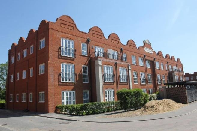 Best 2 Bedroom Apartment To Rent In Woking Gu22 With Pictures