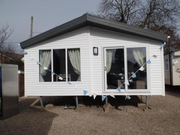 Best 2 Bedroom Mobile Home For Sale In New Willerby Clearwater With Pictures