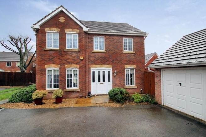 Best 4 Bedroom Detached House For Sale In Woodland View St With Pictures