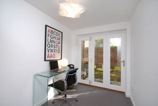 Best 2 Bedroom House For Sale In Coach House Athelstane Grove With Pictures