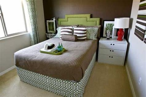Best Queen Size Bed In Small Room Nepinetwork Org With Pictures