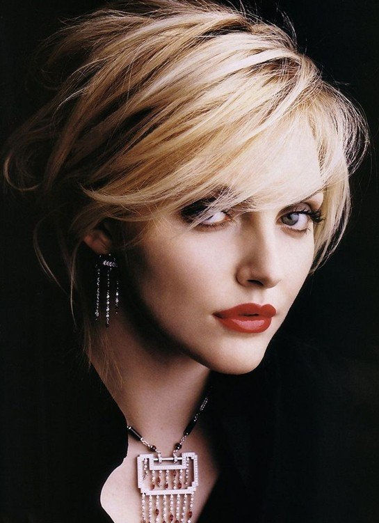 Free 20 Layered Hairstyles For Short Hair Popular Haircuts Wallpaper