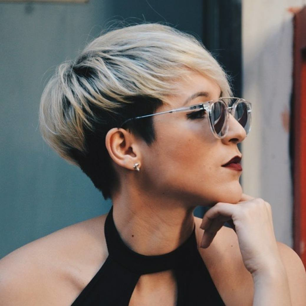 Free 10 Short Hairstyles For Women Over 40 Pixie Haircuts 2019 Wallpaper