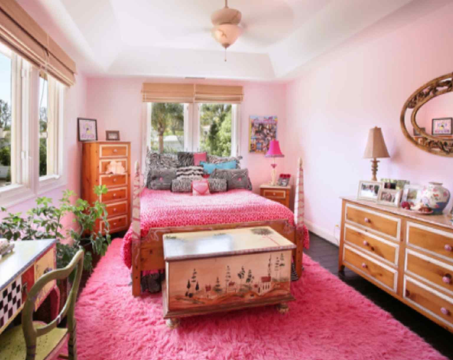 Best Bedroom With Pink Color That Looks Beautiful And Gorgeous Beautiful Pink Bedroom Spacitylife Com With Pictures