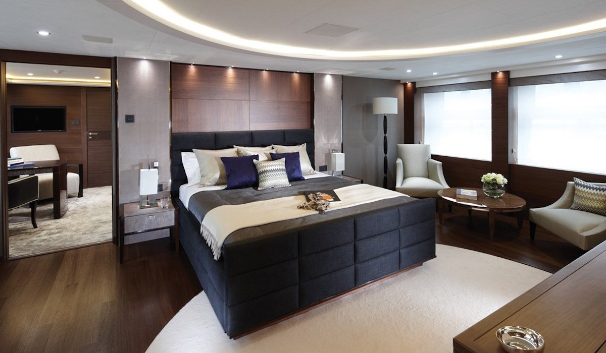 Best Princess Yacht Debut Yachts Miami Beach Photos Features With Pictures