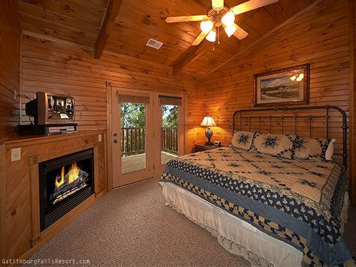 Best Gatlinburg Cabin Majestic Point 5 Bedroom Sleeps 20 With Pictures