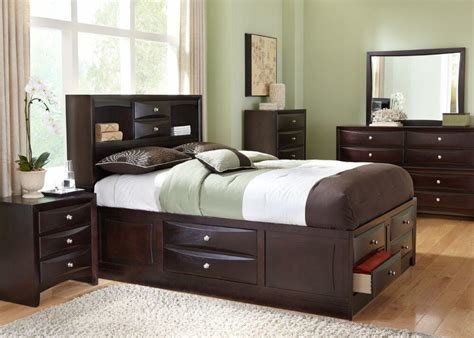 Best Bedroom Set With Drawers Under Bed Moraethnic With Pictures