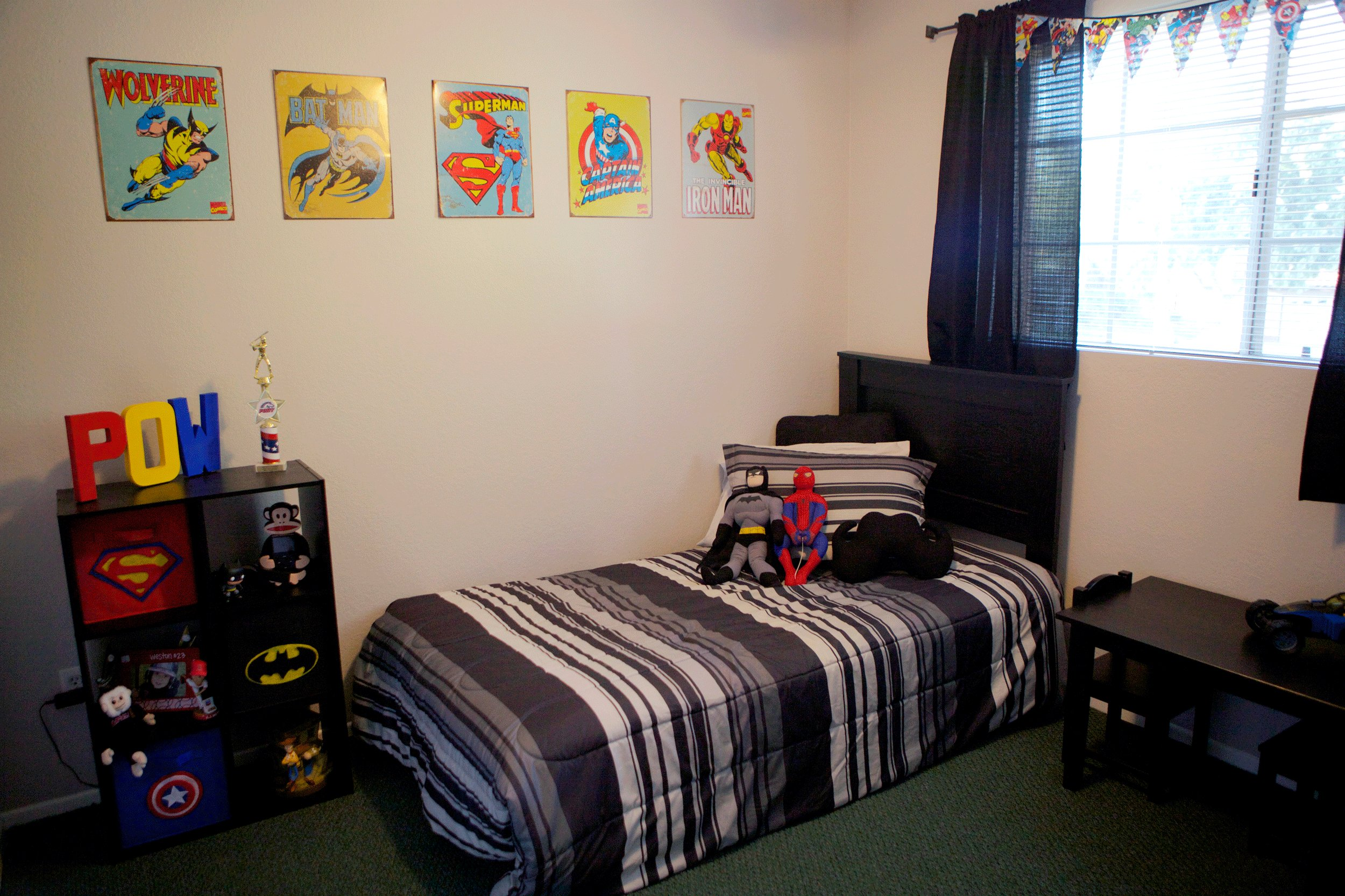 Best Superhero Bedroom For Lo Dog Pinterest With Pictures