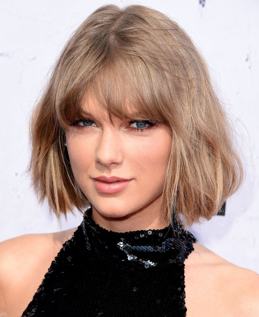 Free Taylor Swift S Hair Goes From A Bob To A Sh*G — See The Wallpaper