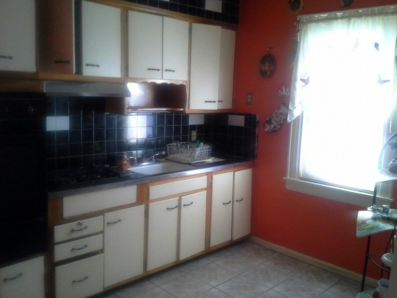 Best Spacious Well Appointed 2 Bedroom Apartment For Rent In With Pictures