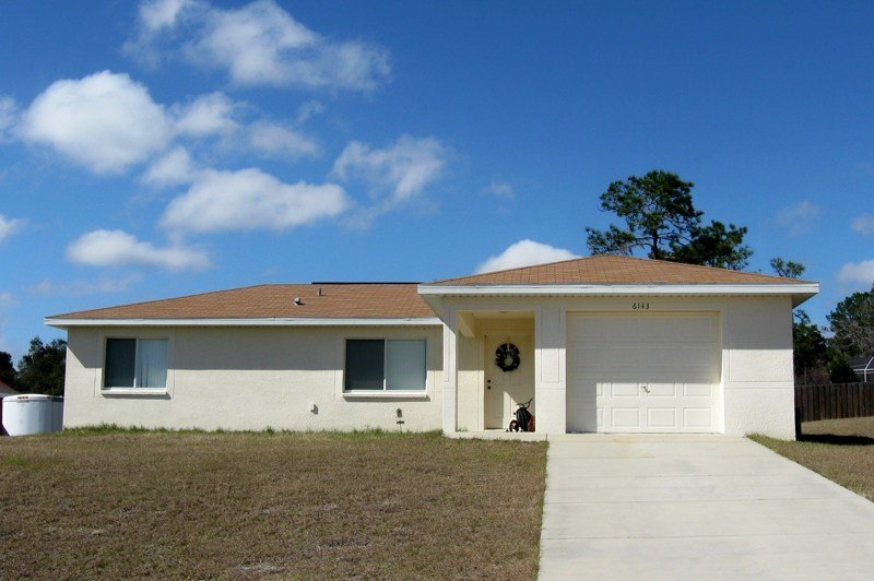 Best House For Rent In Spring Hill Florida Three Bedroom 2 Bath 1 Car Garage With Pictures