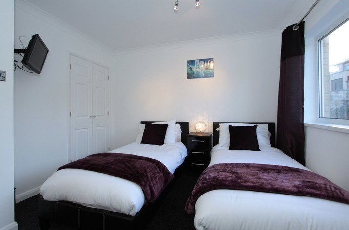 Best 7 Waters Edge In Newquay Cornwall Blue Chip Holidays With Pictures