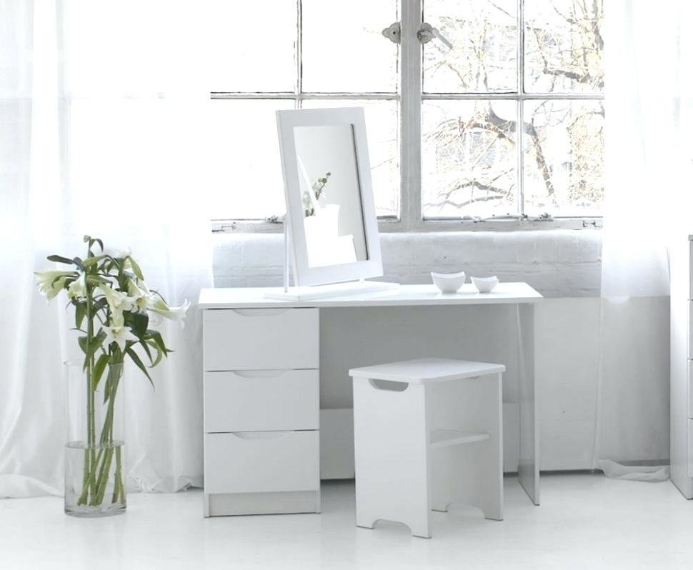 Best Bedroom Vanity Sets – Atanor Info With Pictures