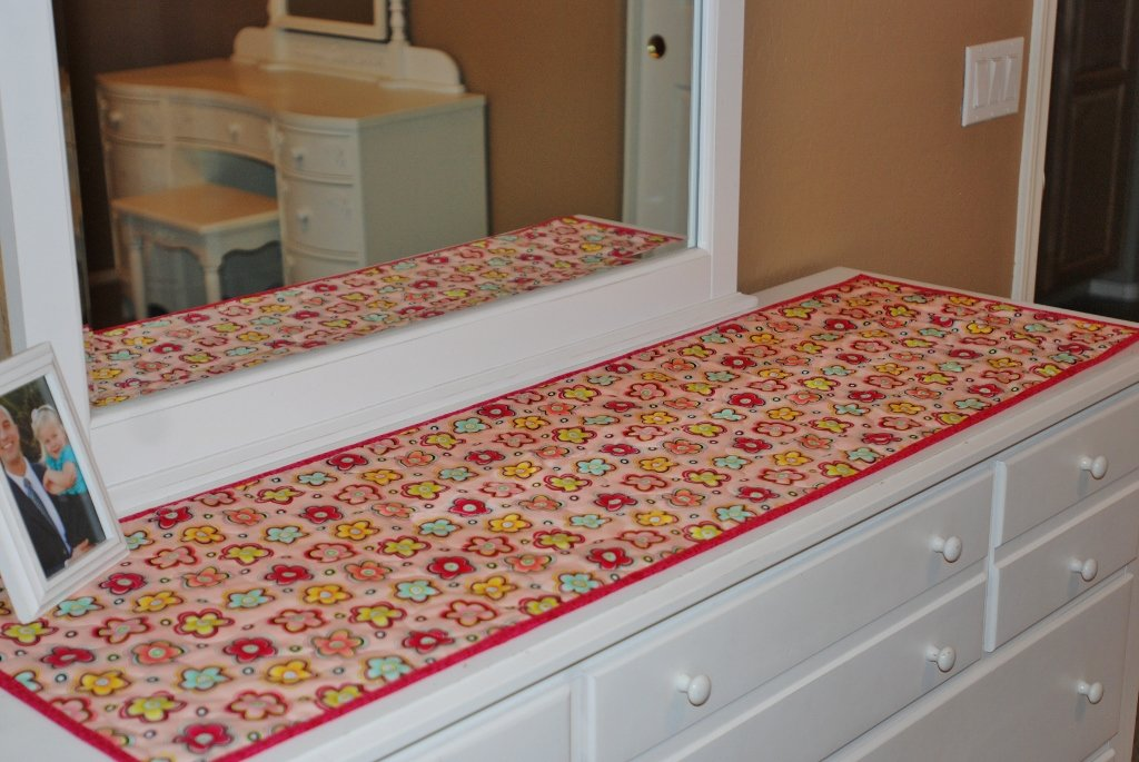 Best Charley Dee Me Simple Dresser Runners With Pictures