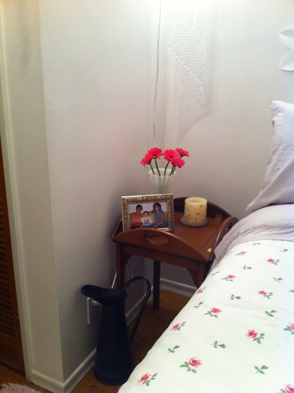 Best Condensedlovehome My Mom S Updated Bedroom With Pictures