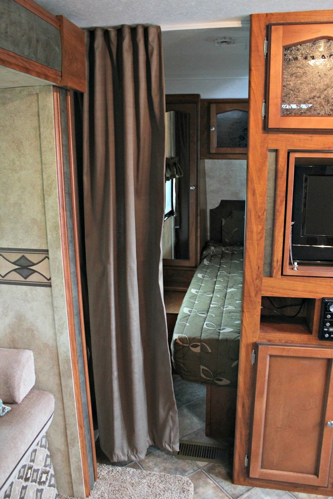 Best Vintage Dutch Girl Travel Trailer Makeover Part 8 With Pictures
