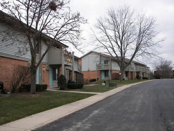 Best Sunset Affordable Apartments In Waukesha Wi Found At With Pictures