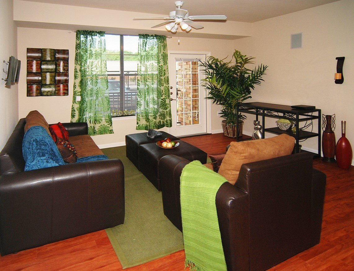 Best Apartments In Clarendon Va Bedroom Inspired Rock Homes With Pictures