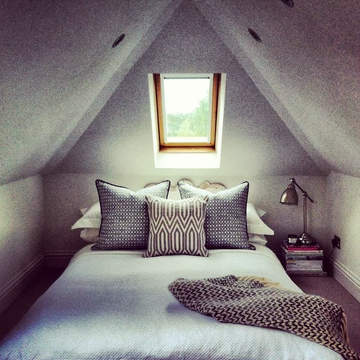 Best 11 Gorgeous Attic Bedrooms How To Design An Attic Bedroom With Pictures