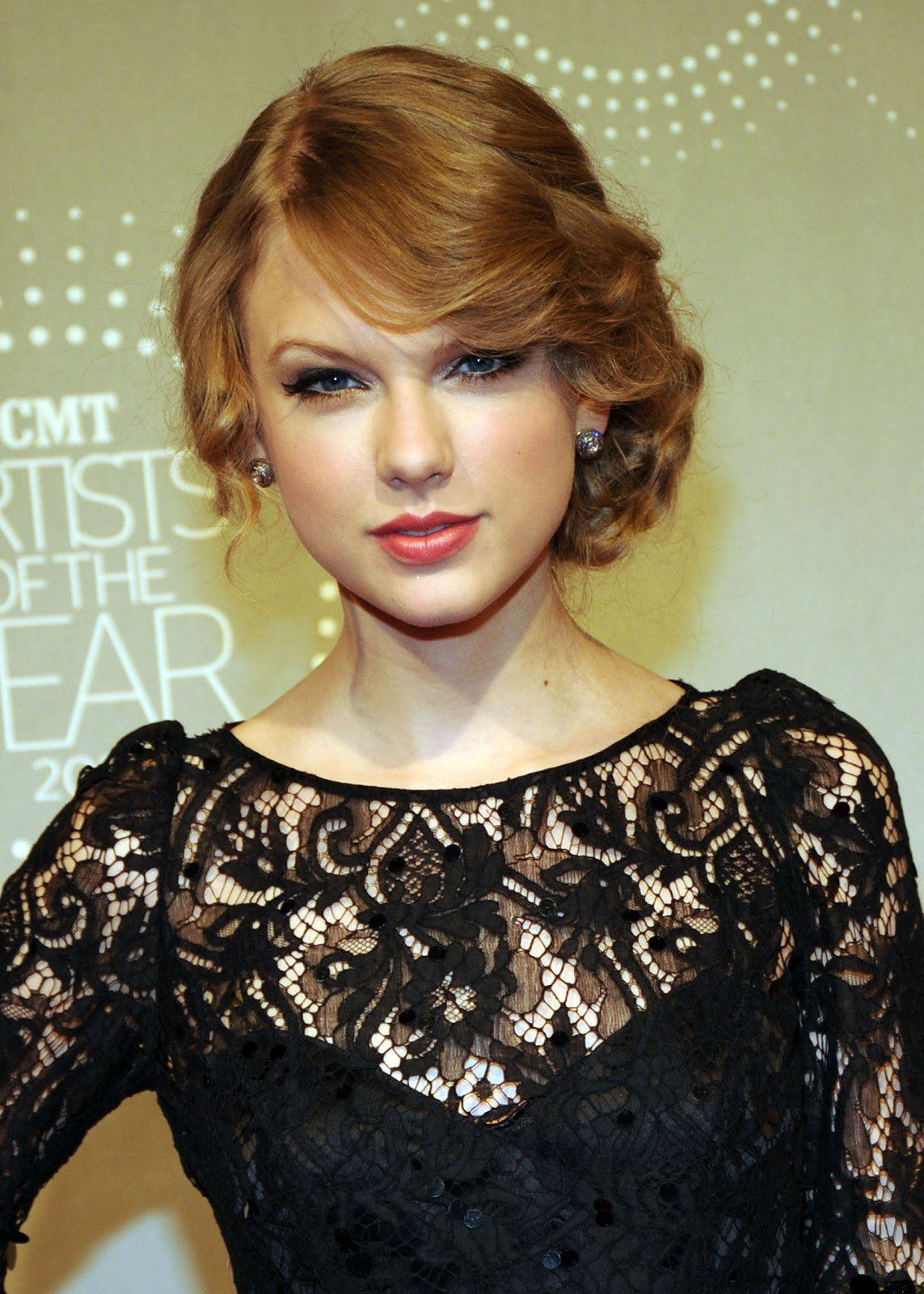 Free A New Life Hartz Taylor Swift Hairstyle Wallpaper
