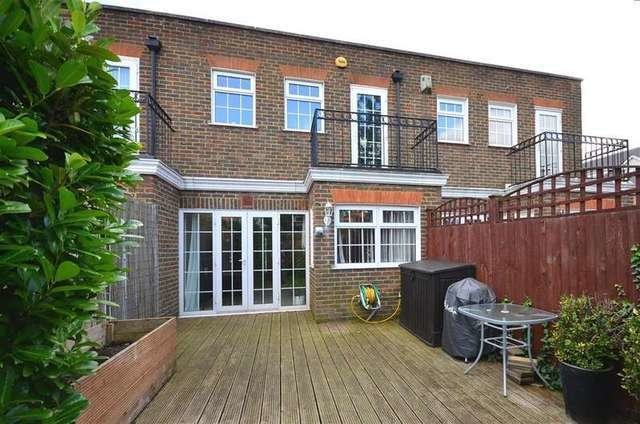 Best 3 Bedroom Terraced House For Sale In Portman Close With Pictures
