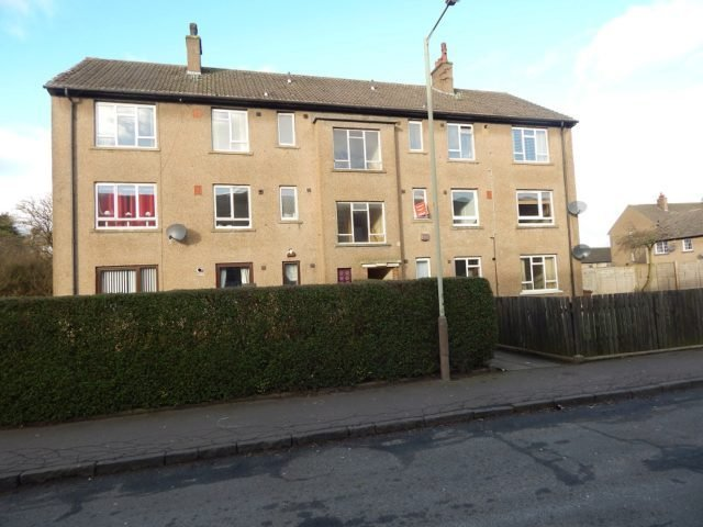 Best 2 Bedroom Flat To Rent In Crathie Place Dundee Dd4 With Pictures