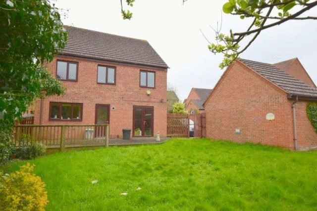Best 4 Bedroom Detached House For Sale In Egerton Gate Shenley With Pictures