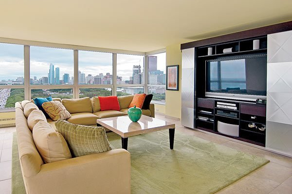 Best Where To Buy A Pied À Terre In Downtown Chicago Chicago With Pictures