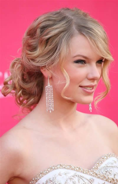 Free Funny Picture Clip Very Cool Taylor Swift Love Story Wallpaper
