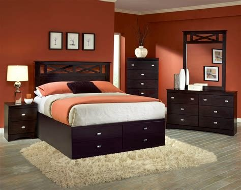 Best Tyler 5 Pc Set With Queen Storage Bed Bedroom Sets With Pictures