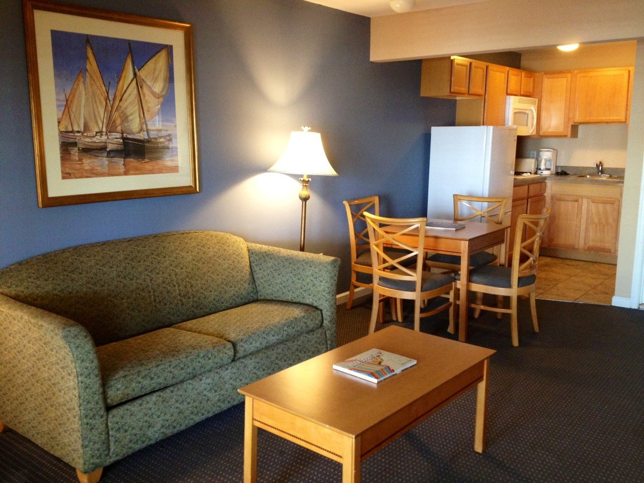 Best Two Bedroom Apartments Great Rates Ocean City Md Hotels With Pictures
