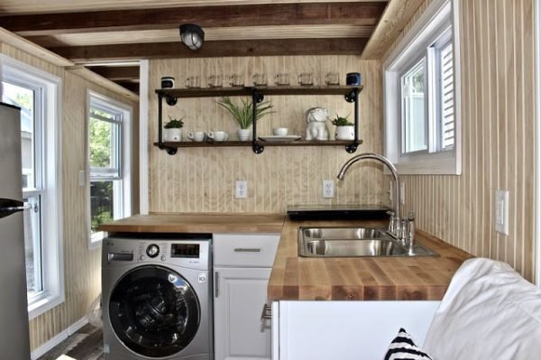 Best A 3 Bedroom Tiny House On Wheels With Pictures