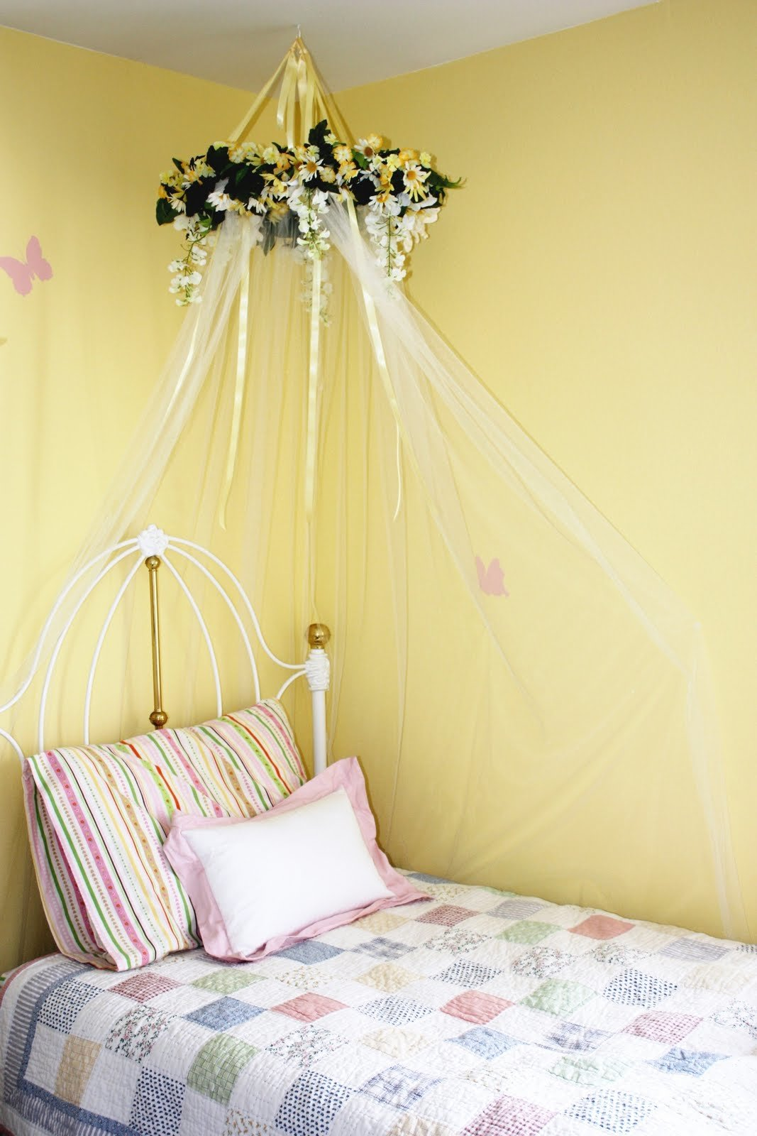 Best Everyday Art Diy Bed Canopy For Little Girls Room With Pictures