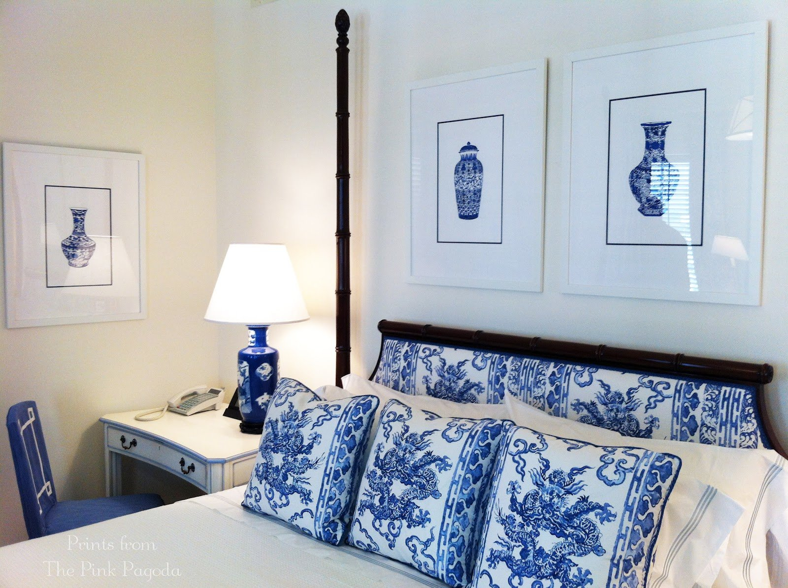 Best The Pink Pagoda Blue And White Monday Jim Thompson Bedroom With Pictures
